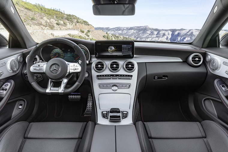 2018 Mercedes-AMG C43 Coupe interior