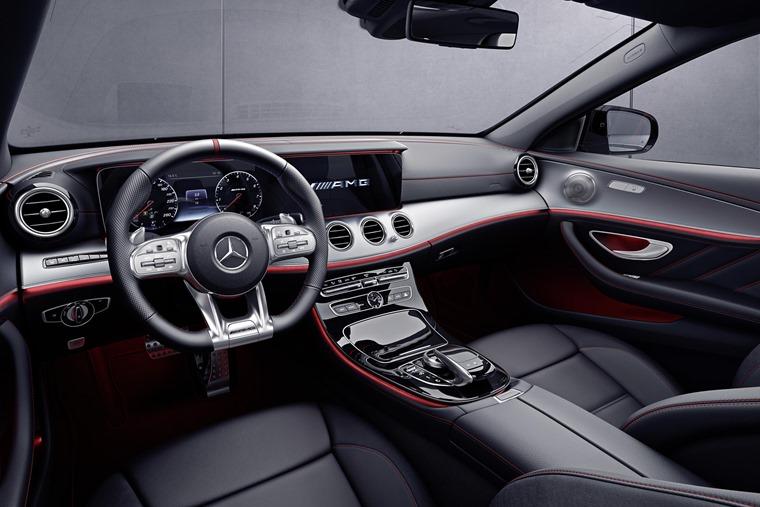 Mercedes-AMG E 53 interior