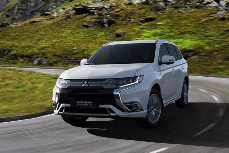 Mitsubishi Outlander PHEV 2018 Geneva Motor Show