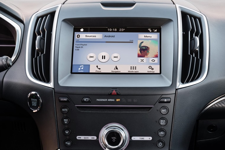 2018 Ford Edge infotainment