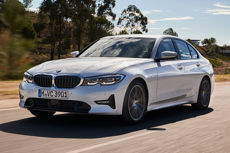 2019 BMW 3 Series lead