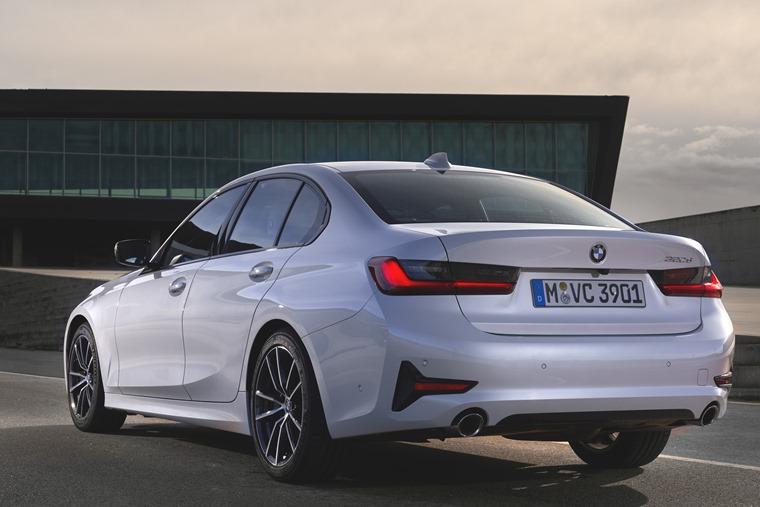 BMW 3 Series 2019 rear