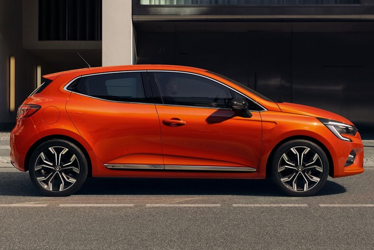 2019 Renault Clio side