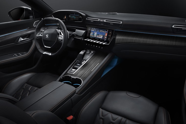 Peugeot 508 interior with i-Cockpit