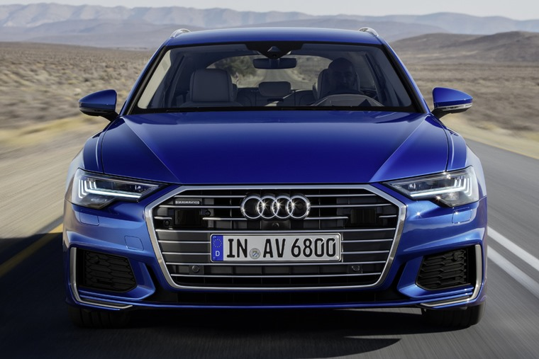 Audi A6 Avant mirrors the look of saloon at the front.