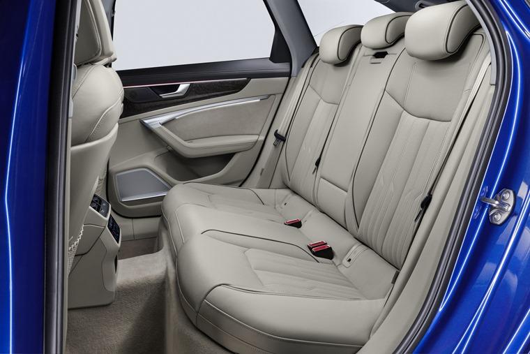 Audi A6 Avant rear space