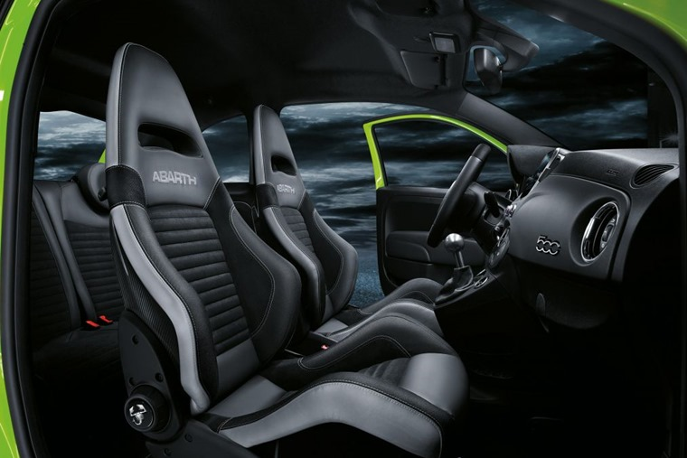 Abarth 595 2018 update seats