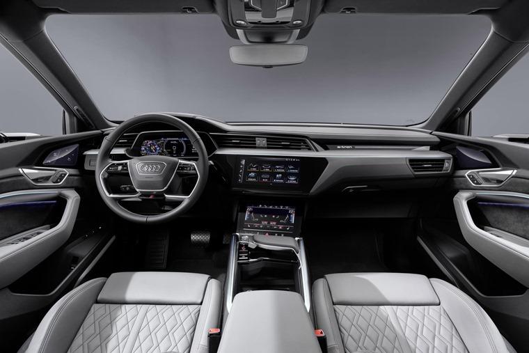 Audi e-tron Sportback interior