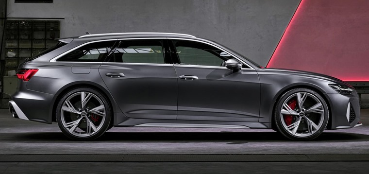 Audi RS6 Avant 2019 side