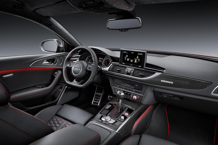 Audi RS6 Santa interior