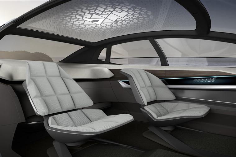 Audi's Long Distance Lounge Concept