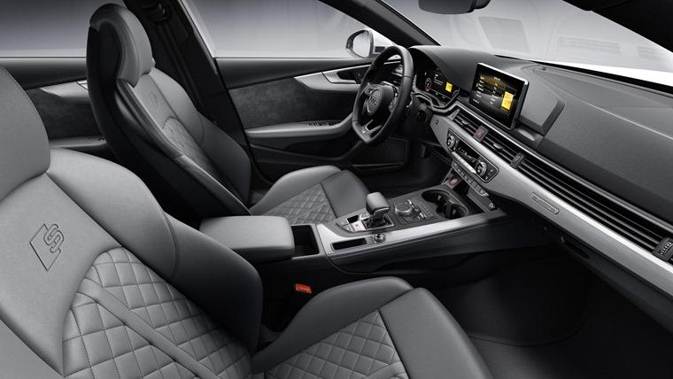 Audi S5 diesel TDI interior