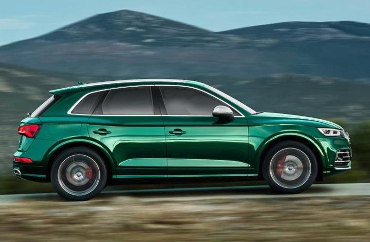 Audi SQ5 side