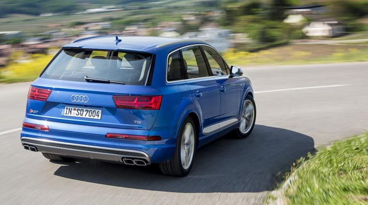 Audi SQ7 2016 Blue Rear Dynamic