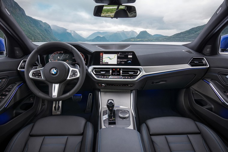 BMW 3 Series 2019 interior