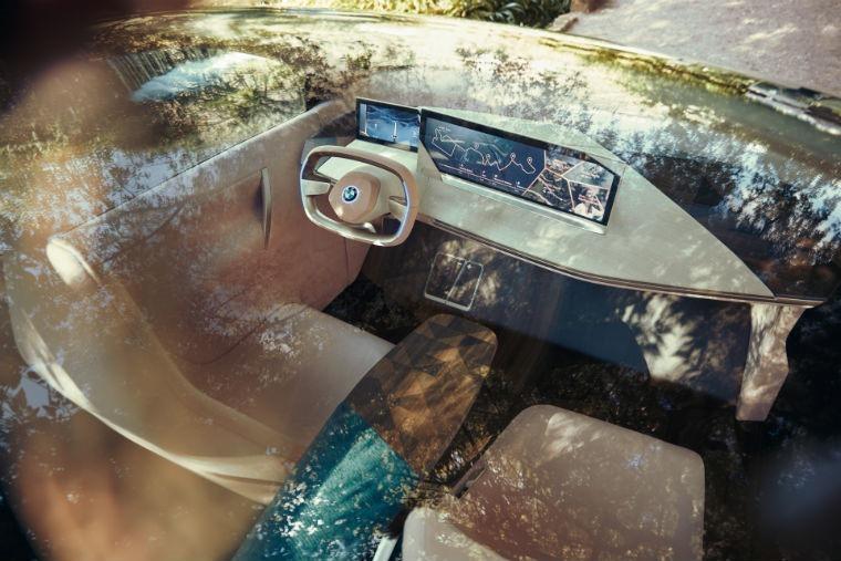 BMW Vision iNext interior