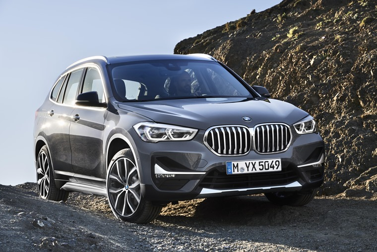 BMW X1 2019 off road