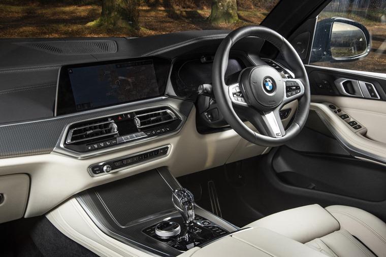 BMW X5 M50d interior