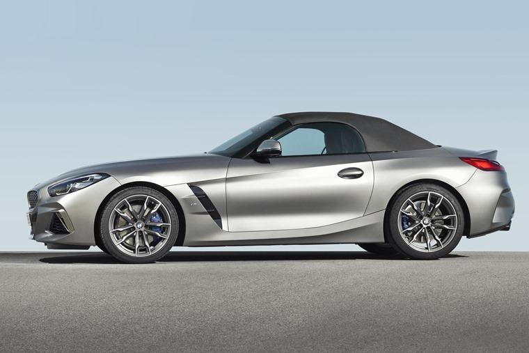 BMW Z4 2019  side