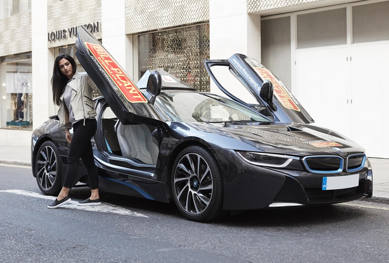 BMW i8 with 'L' plates
