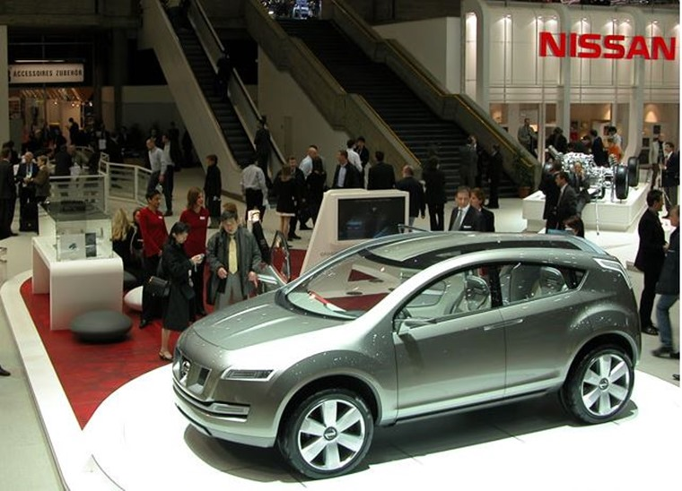 The car was unveiled as a concept at Geneva Motor Show in March 2004