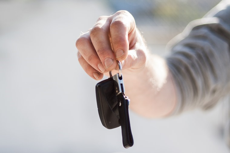 car-keys-in-hand_2