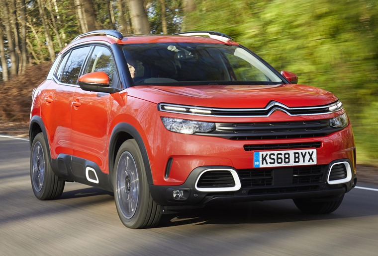 Citroen C5 Aircross driving