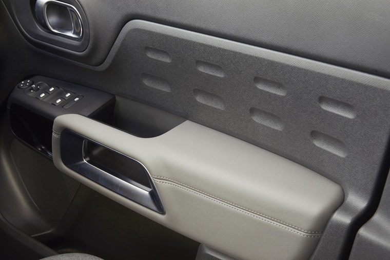Citroen C5 Aircross interior trim