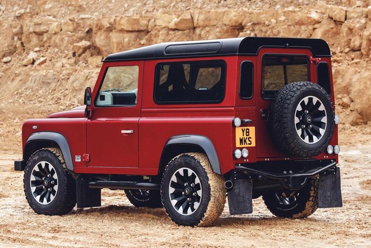 Land Rover Defender Works V8 rear