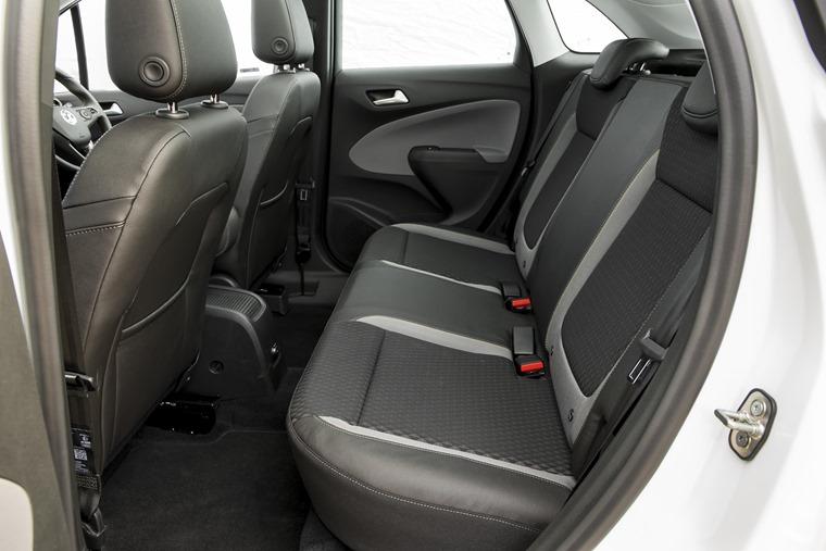 Vauxhall Crossland X rear