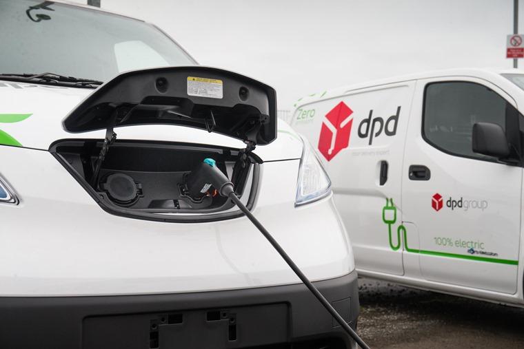 DPD Nissan e-NV200 charging