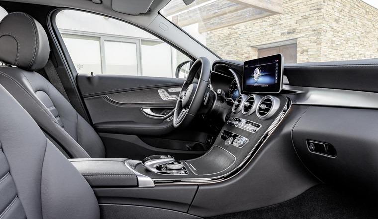 2018 Mercedes C-Class Estate interior