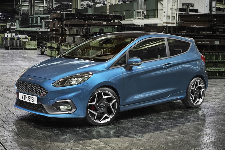 The 2017 Ford Fiesta ST has officially been unveiled.
