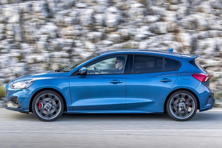 Ford Focus ST 2019 side