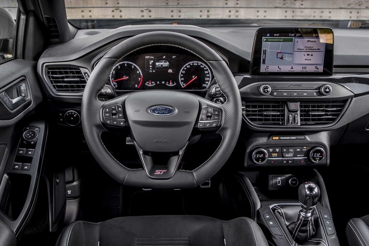 Ford Focus ST interior[5]