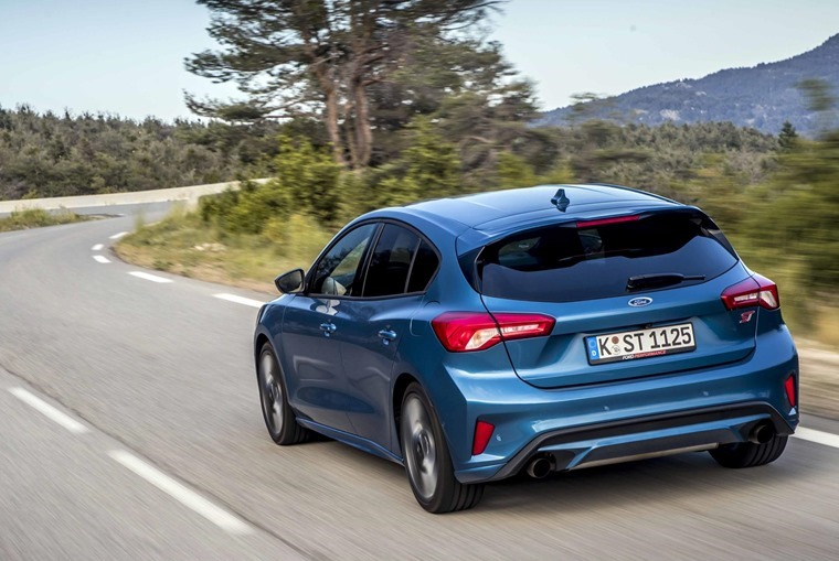 Ford Focus ST rear[13]