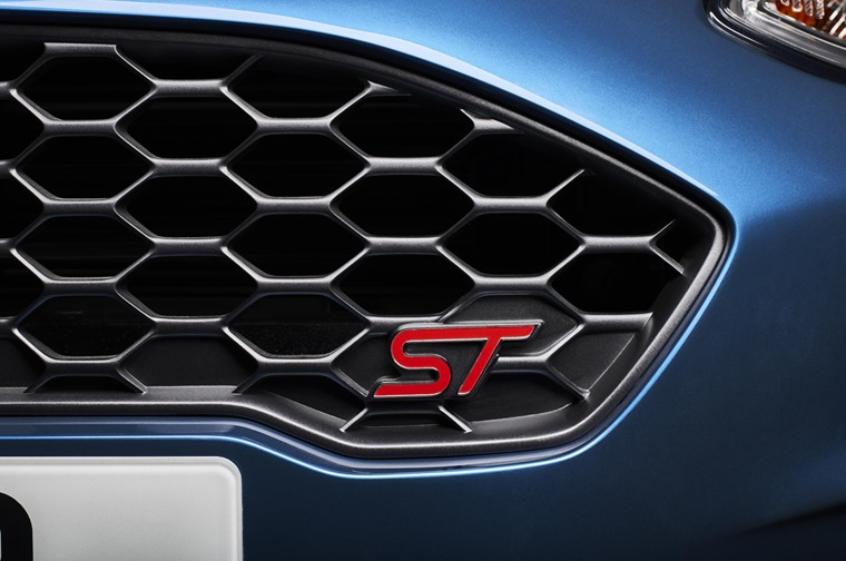 Fiesta ST badge grille