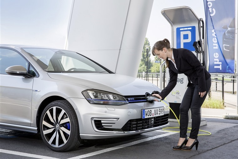No more funding to encourage the greater use of plug-in hybrid vehicles