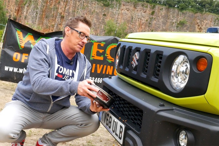 Howard feeding Jimny