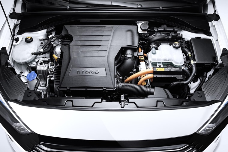 The 1.6-litre conventional hybrid model is probably the best choice.