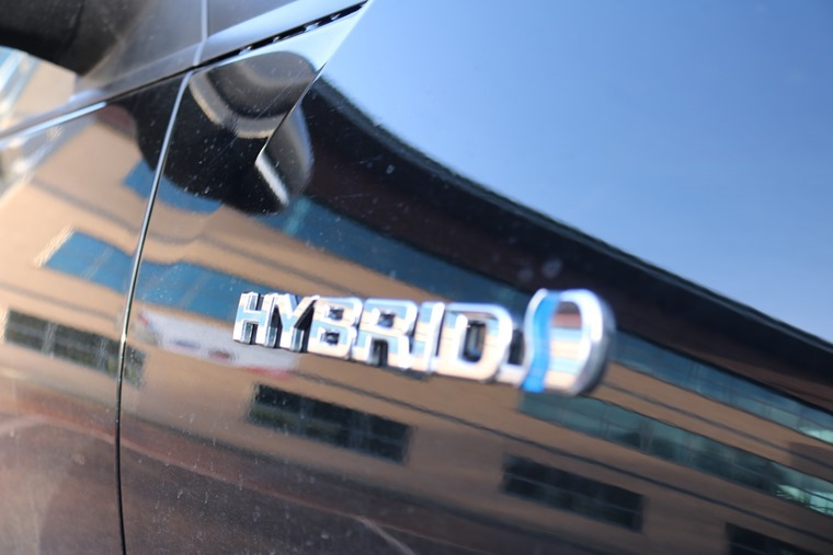 hybridbadge