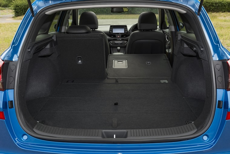 Hyundai i30 Tourer rear space