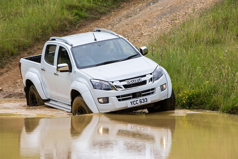Isuzu D-Max Arctic Trucks AT35 in water