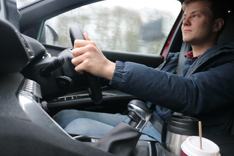 Peugeot 3008 driving