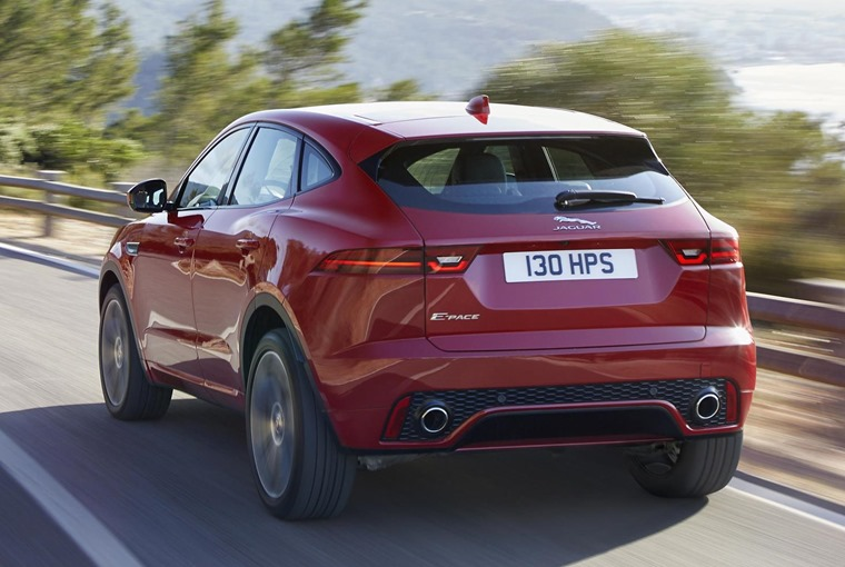 JAG_EPACE_18MY_FirstEdition_OnroadDynamic_130717_06