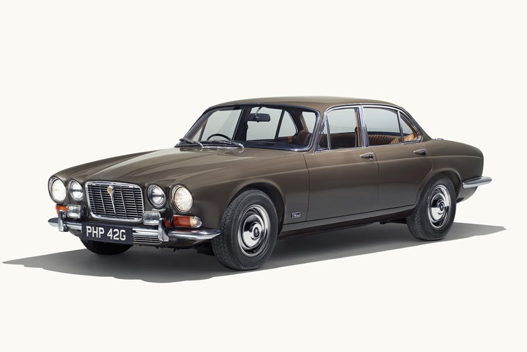Jag_XJ_Series_1_Front3_4_250418
