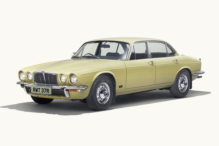 Jag_XJ_Series_2_Front3_4_250418