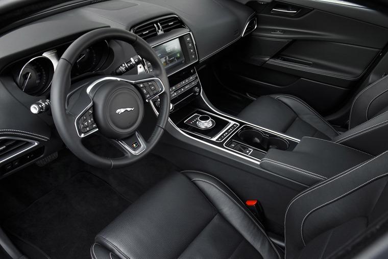 Jaguar Xe 2016 Bluefire Interior Cabin