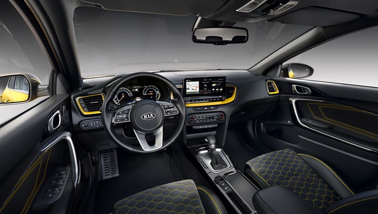 Kia XCeed 2019 interior