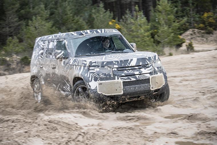 Land Rover Defender 2019 6